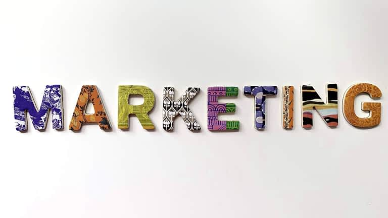 How to Become a Digital Marketing Specialist?